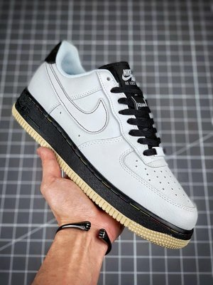 """Air Force 1 Low '07 """"Square""""黑白經典 空軍一號低幫休閒板鞋Size:36-45"""