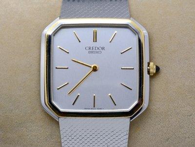 《寶萊精品》CREDOR 貴朵銀灰白方型石英男子錶
