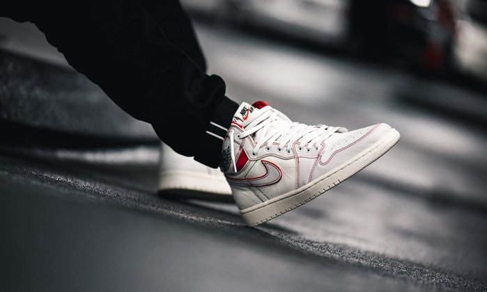 Nike Jordan 1兔寶寶Phantom二次元555088-160兔八哥怪物奇兵喬丹AJ1代白紅Off-White