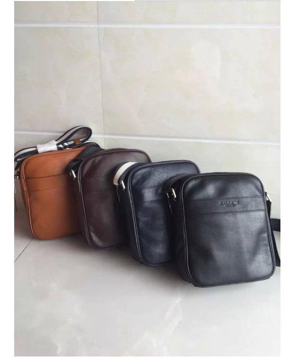 NaNa代購 COACH 71723 男士斜跨包 單肩包 時尚休閒 隔層多 功能多用 輕便 出門必備品 附購證