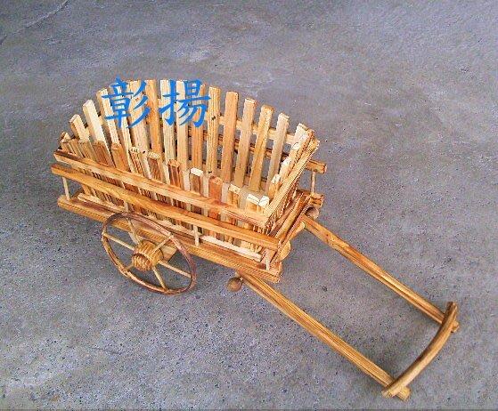 彰揚【木製牛車花器】古早牛車擺飾.園藝花器擺飾.可拉著滑動的木製花器