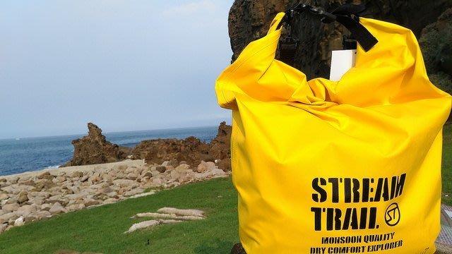 日本Stream Trail AMPHIBIAN系列羽量型防水後背包/透氣包Breathable Tube M 黃色