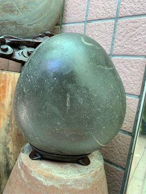 「如溢坊」台灣南田石,石名:月兒、上弦月