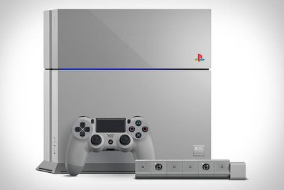 SONY全新 20週年紀念版PS4 (PlayStation420th Anniversary Limited Edition)