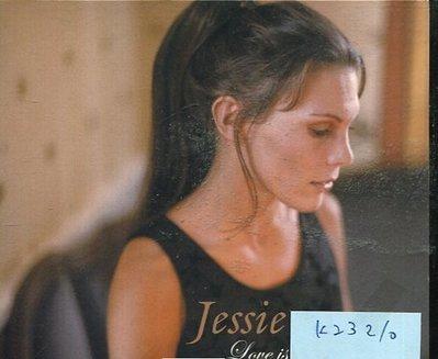 *真音樂* JESSIE / LOVE IS NEVER FAR AWAY 二手 K23210