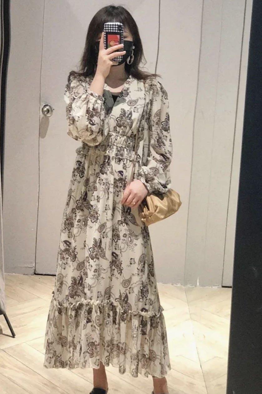 PapaDarling 20SS 明星款式時尚氣質性感V領 連身裙 洋裝 米色 淡黃色 黑色
