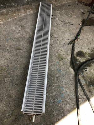 2米白鐵水溝加菜渣網(20公分寬)、白鐵截油槽、鈻製水溝蓋、截油槽、排水溝、水溝油污處理、不鏽鋼排水糟、排水溝糟