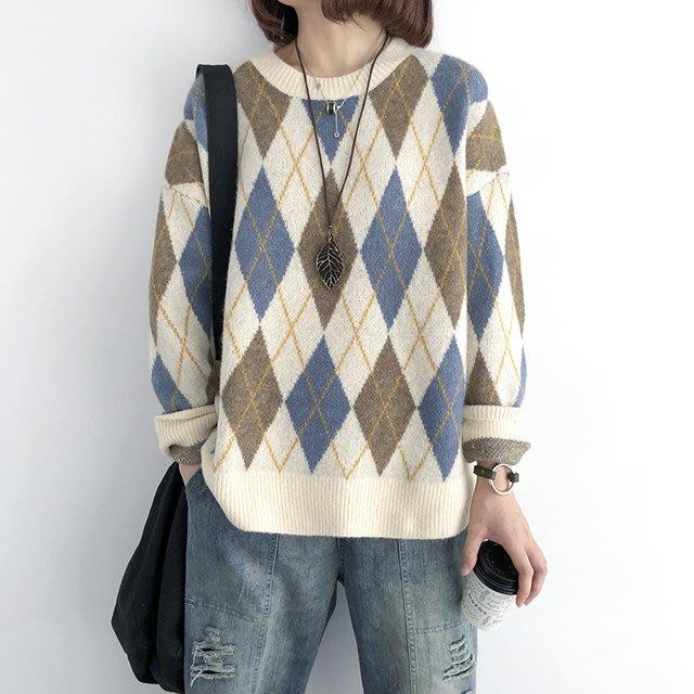 現貨藍【T12536】1A12韓。暖撞色菱格紋加厚毛衣。小野千尋