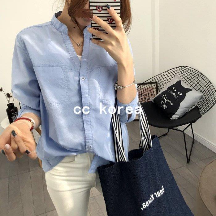 現貨 小清新V領雙口袋襯衫 CC KOREA ~ Q14956