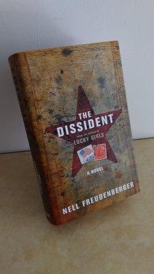 【英文舊書】[小說] The Dissident, Nell Freudenberger