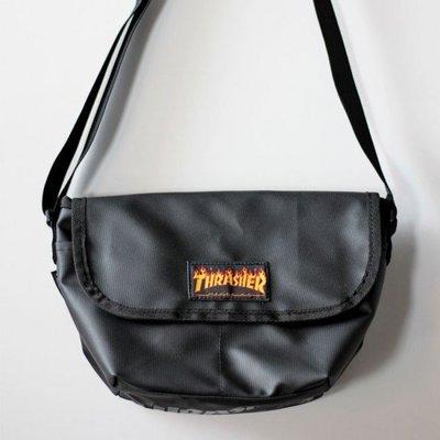 ☆LimeLight☆ Thrasher Mini Shloulder Bag 火焰 / 黑色 LOGO 郵差包 收納包
