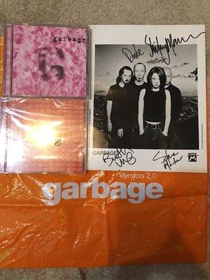 英國 GARBAGE 垃圾樂團 SHIRLEY MANSON簽名海報 雙CD 另類音樂 絕版收藏