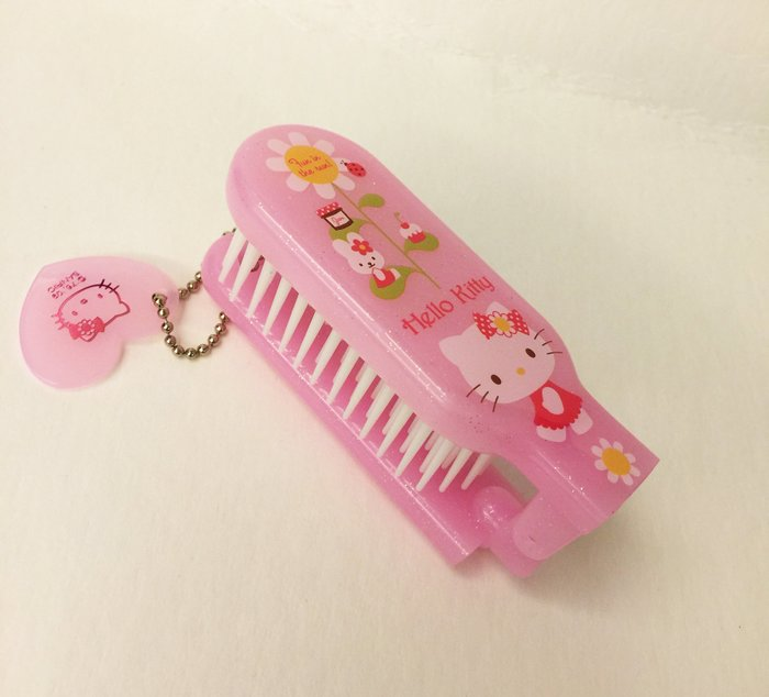 ^燕子部屋 ^凱蒂貓 Hello Kitty可愛摺疊髮梳