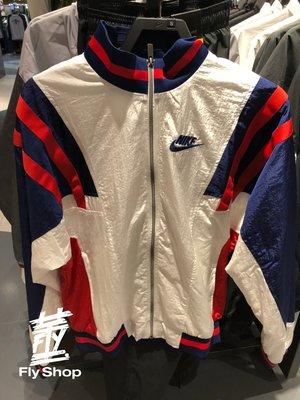 [飛董] NIKE 刺繡 LOGO 復古 立領 防風外套 風衣 運動外套 男裝 CJ4922-100 白藍紅
