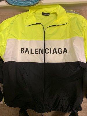 BALENCIAGA  塋光風衣外套