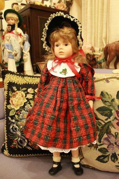 【家與收藏】稀有珍藏歐洲古董法國精緻古典可愛優雅戴帽小公主古董瓷娃娃