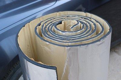 ㊣真正鋁箔隔音棉(毯).隔熱毯厚度8mm附背膠,得利卡.威力.瑞貨車引擎在座椅下排氣管隔熱.中消鋁板隔熱.擋火牆鋁箔隔熱