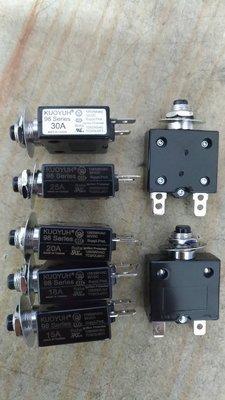 [CK五金小舖] 過載保護器 10A 12A 15A 18A 20A 25A 30A  小型無熔絲開關 台灣製