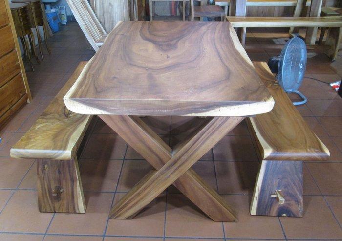 【肯萊柚木傢俱館】印尼100% 雨豆木 桌面整塊 全實木 耐重 餐桌 書桌 工作桌 民宿 店面 實用美觀(不含椅凳)
