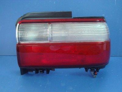 小亞車燈╠ 全新COROLLA 93-97年紅白尾燈一顆650元.也有中飾板
