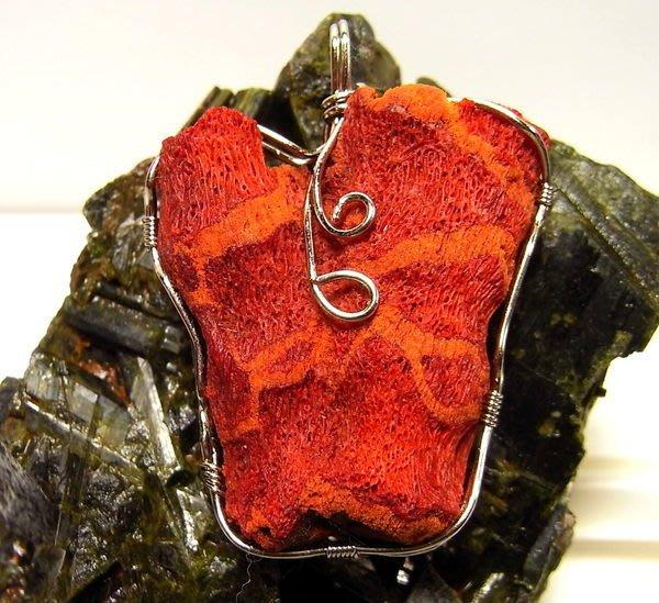 小風鈴~高檔真品天然925銀包框珊瑚原礦紅珊瑚墜~重:18.4g (紅珊瑚寶石)
