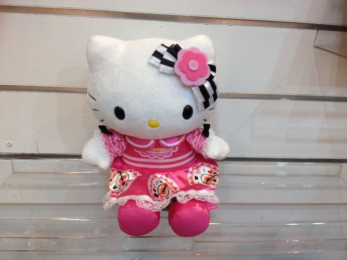 可愛的Hello Kitty 玩偶(日本帶回來)