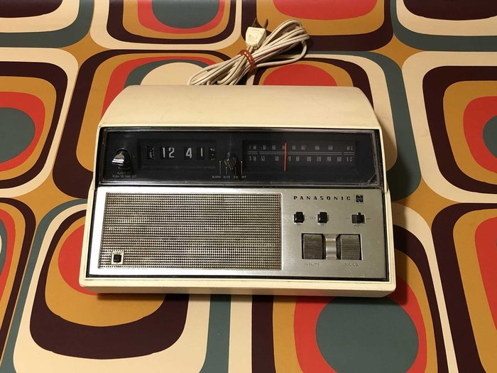 1970s太空時代翻頁鐘收音機 松下 RC-7184(美規)