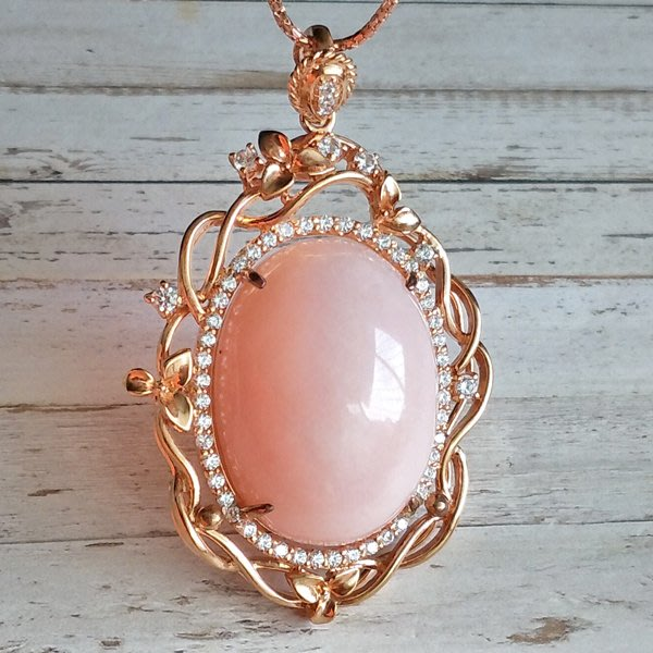 ☆采鑫天然寶石☆**女王的風範**珠寶級粉紅蛋白石(pink opal)墜~極美大墜~典藏