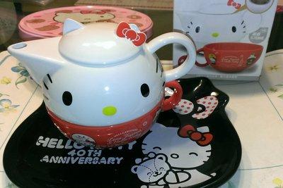 7-11 Hello Kitty x LINE 下午茶杯壺/抱枕 共度美好時光(另玩偶馬克杯造型陶瓷盤3D悠遊卡)