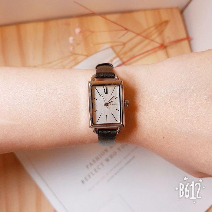 韓國❤️Lavenda 復古 小方框 刻度 皮質 造型錶 手錶【Verina's韓系美飾】