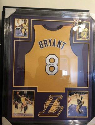 KOBE BRYANT Framed Autograph Jersey PSA 簽名球衣