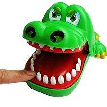 省很多~好玩的大嘴鱷鱼 牙齒咬手指.親子玩具.整人玩具.(大號)