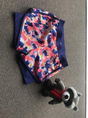 Oshkosh 防刮耐磨內襯彈性運動風夏季短褲 size 10 Baby Gap HM Zara