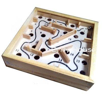 【艾蜜莉玩具】小贈品/木製兒童益智玩具/迷你彈珠迷宮走珠 /迷你迷宮走珠/木製鋼珠走迷宮/迷宮走珠遊戲