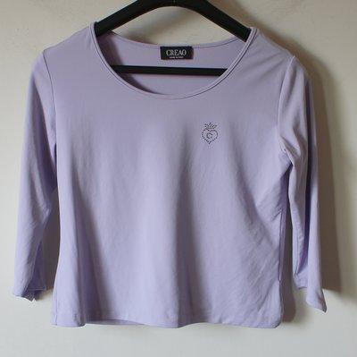 進口精品【CREAO】義大利製胸口水鑽特殊袖口設計圓領七分袖彈性上衣-一元起標無底價隨便賣運費不合併