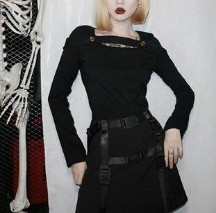 【黑店】原創設計金屬圓扣方領合身上衣 顯瘦T恤 暗黑系基本款上衣 個性合身上衣MB179