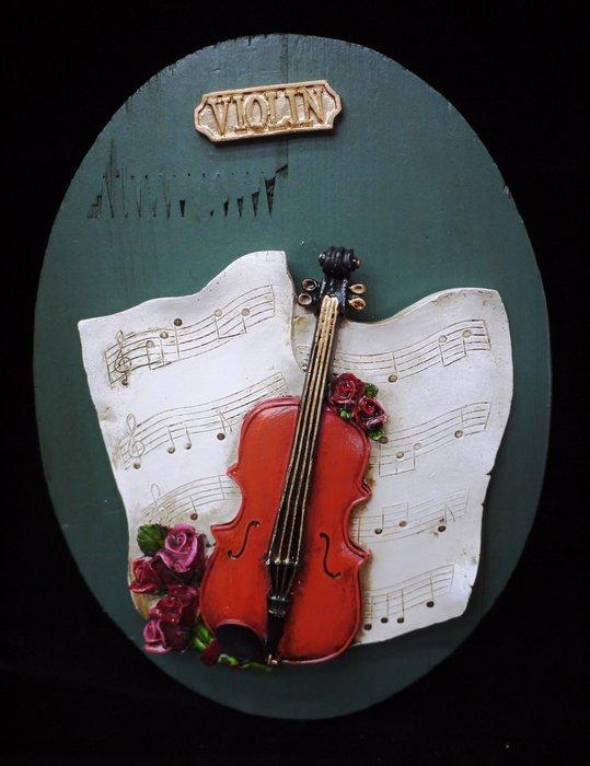 【布拉格歐風傢俱】提琴木板壁掛