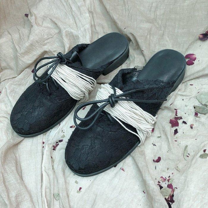 CHIC U Online GUIDIUMAWANG小眾設計暗黑系山本風蕾絲綁帶懶人拖鞋圓頭手工小牛皮一腳蹬休閒鞋