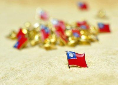 台灣,美國單旗徽章,各五枚,共10枚