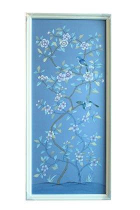 【芮洛蔓 La Romance】東情西韻系列手繪絹絲畫飾 藍底牡丹花鳥圖 CHY-031