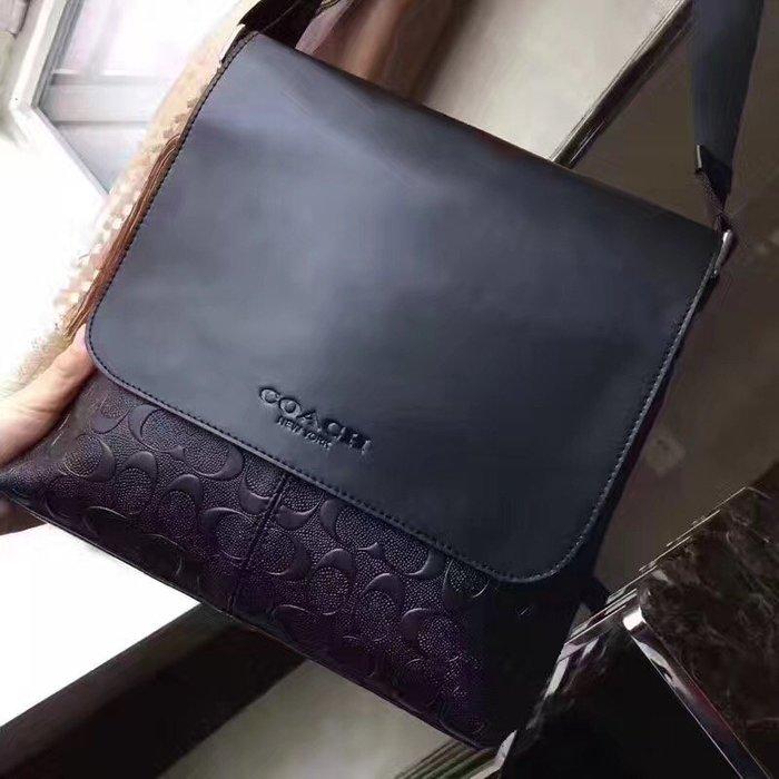 NaNa代購 COACH 72220 浮雕斜跨包 側背包 休閒真皮 質感超棒 附購證 買即送禮