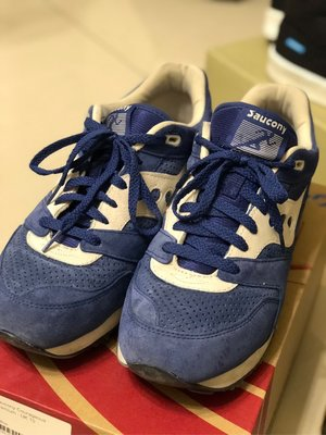 Saucony courageous us11 二手
