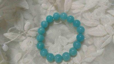 二手~天然藍玉髓圓珠手鏈 直徑約1.2公分 購於MOMO購物台 原價約599元