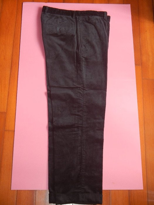 【甜心寶貝】Benetton 純黑亮棉絨休閒兼正式長褲 / M~L可穿
