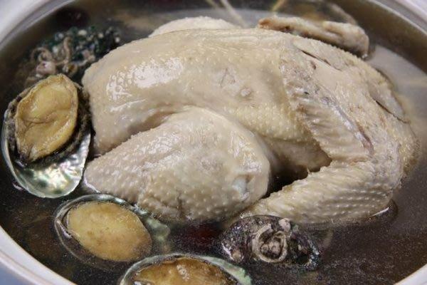 【滋補養生系列】鮑魚人蔘雞湯 (帶殼鮑魚 /10顆+全雞人蔘湯底)~一級棒的全雞人蔘湯底
