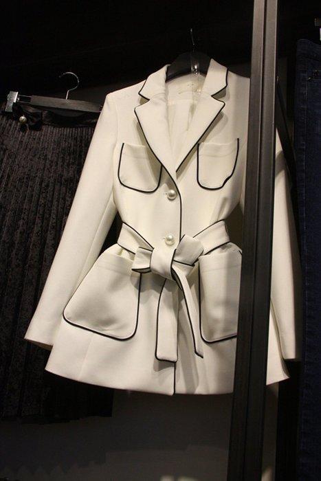 2017春季韓版新款簡約繫帶西裝女珍珠鈕扣通勤OL小西服多口袋外套