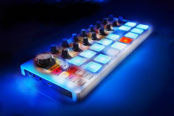 造韻樂器音響- JU-MUSIC - Arturia BeatStep 可攜式 控制器 步驟 編曲器 MIDI Compact Control Powerhouse