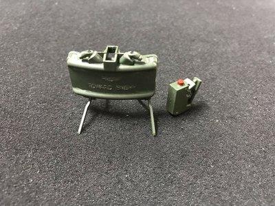 Hot Toys 1/6 MMS276 Commando John Matrix 配件 - 炸彈&引爆器