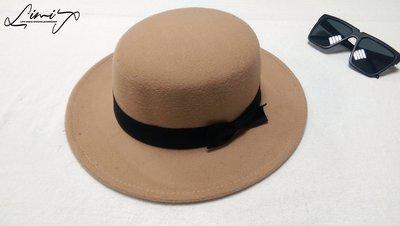 淺卡其平頂可調寬沿紳士帽 Wide brim hat 歐美 百搭 硬頂 復古 強尼戴普 寬沿 大帽簷 SLP【LtLf】