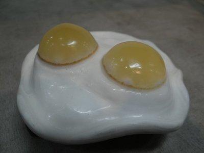 天然 金田黃 精雕 雙蛋黃荷包蛋 收藏品